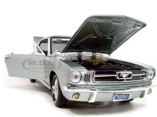 1964 1/2 FORD MUSTANG HARD TOP BLUE 118 DIECAST