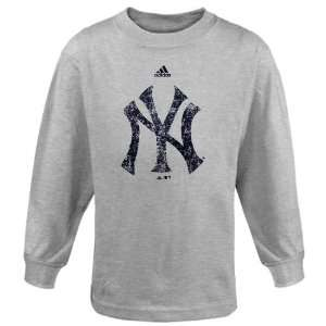 Yankee T Shirts  Adidas New York Yankees Preschool Distressed Logo