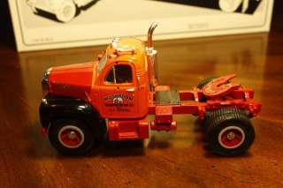 GEAR 1960 B 61 MACK TRACTOR TRAILER   MUSHROOM   1/34 SCALE MODEL