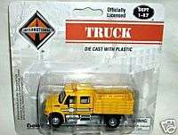boley 1/87 INTERNATIONAL CREW CAB STAKE BED TRUCK yello