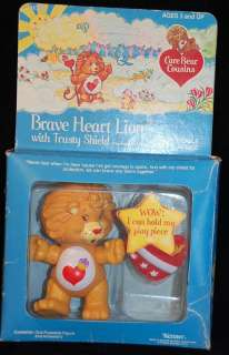 CoMpLeTe BRAVE HEART LION 1985 CARE BEAR Poseable Figure MIB ACCESSORY