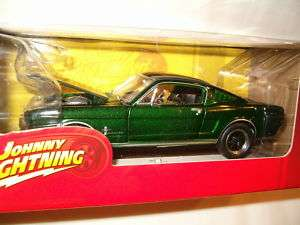 Johnny Lightning ~ 1965 Ford Mustang ~ MuscleCars ~ New