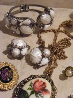 Mixed Lot Of VIntage Costume Jewelry Cameo Pendants Brooches 12 pc