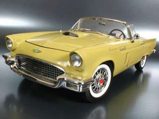 Ertl Authentic 1957 Ford Thunderbird Convertible Ltd Ed. 500 118