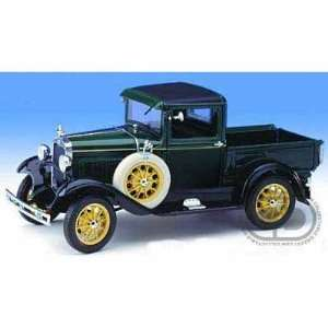 1931 Ford Model A Pick Up Truck 1/18 Green Toys & Games