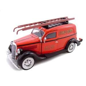 1935 Ford Chicago Fire Dept 1/24 Diecast Car Model Toys & Games